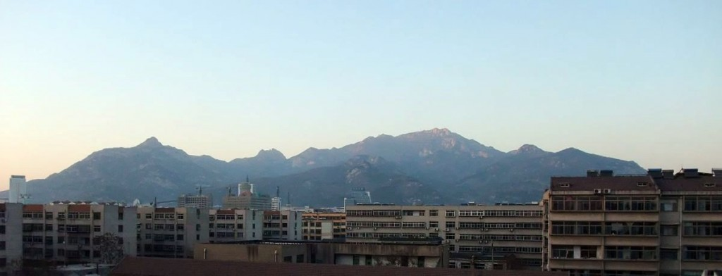 The whole view of Mount Taishan